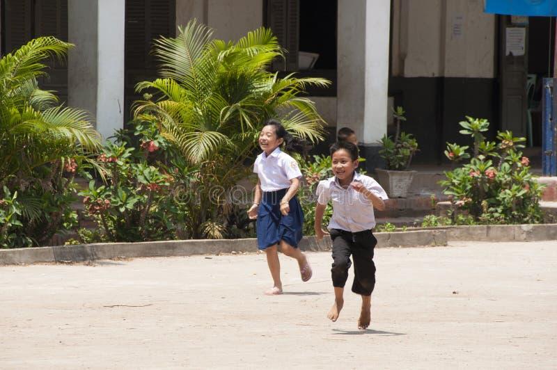 Szkolna przerwa w Luang Prabang, Laos zdjęcia stock
