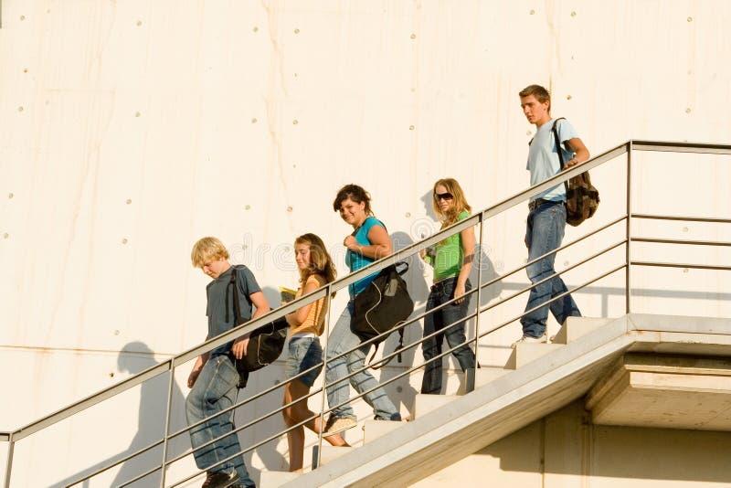 szkolne uczniów na nadchodzący obraz royalty free