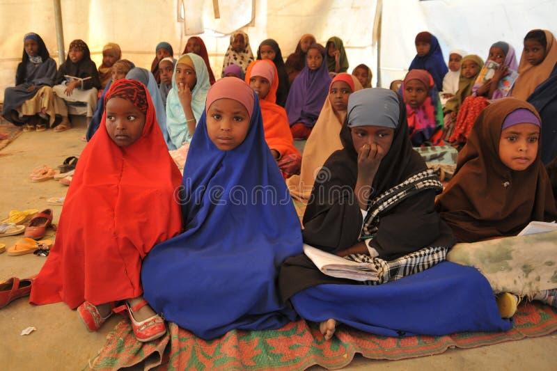 Szkolny obóz dla Afrykańskich uchodźców na obrzeżach Hargeisa zdjęcia royalty free