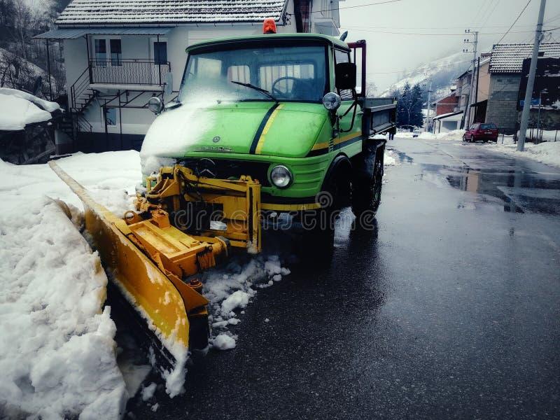 Szlakowy Snowblower w mój wiosce zdjęcie stock