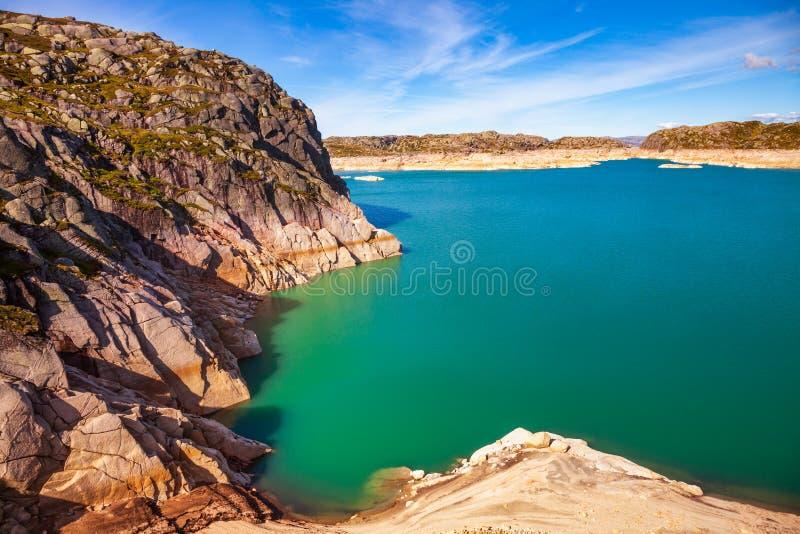 Szmaragdowej zieleni wody Andersvatnet jeziorny Rogaland Norwegia Scandinavia zdjęcia royalty free