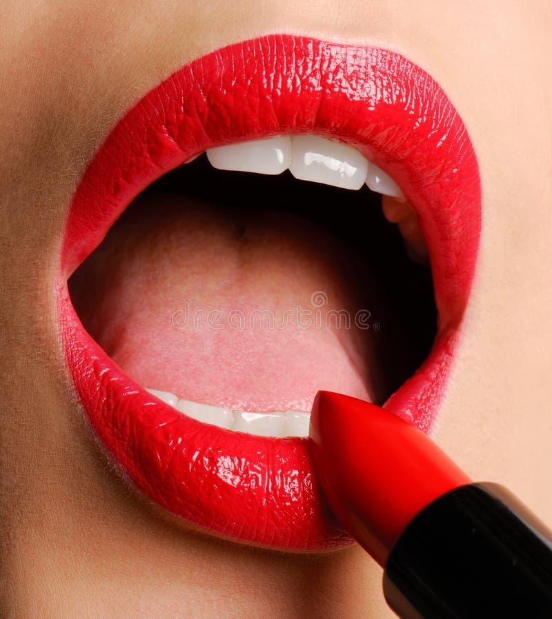 szminka luksusu czerwony zdjęcia stock