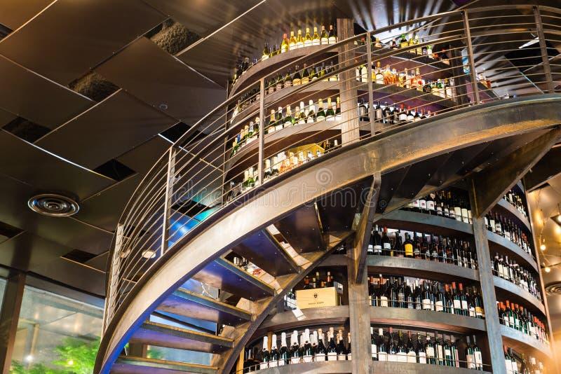 Szpaltowy wino bar fotografia stock