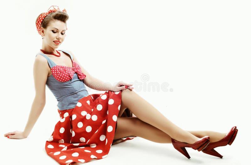 Szpilki młoda kobieta w rocznika amerykanina stylu fotografia royalty free