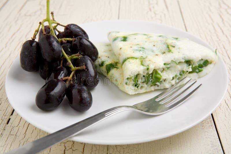szpinak egg omlet white zdjęcia stock
