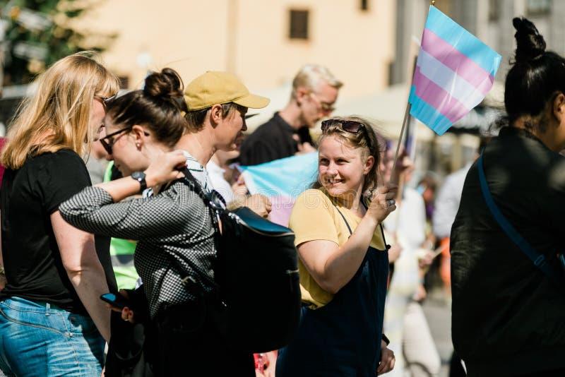 Sztokholm dumy 2019 LGBTQ+ kobieta demonstruje zdjęcia royalty free