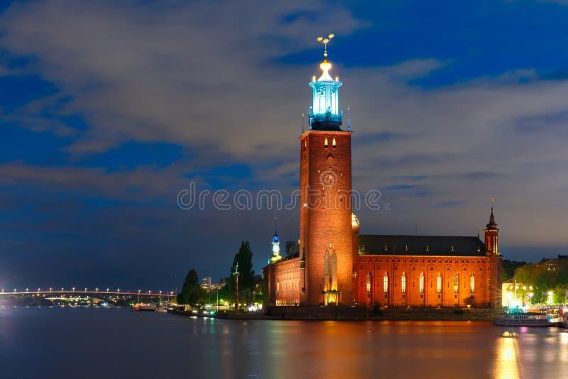 Sztokholm urząd miasta przy nocą, Sztokholm, Szwecja obrazy royalty free