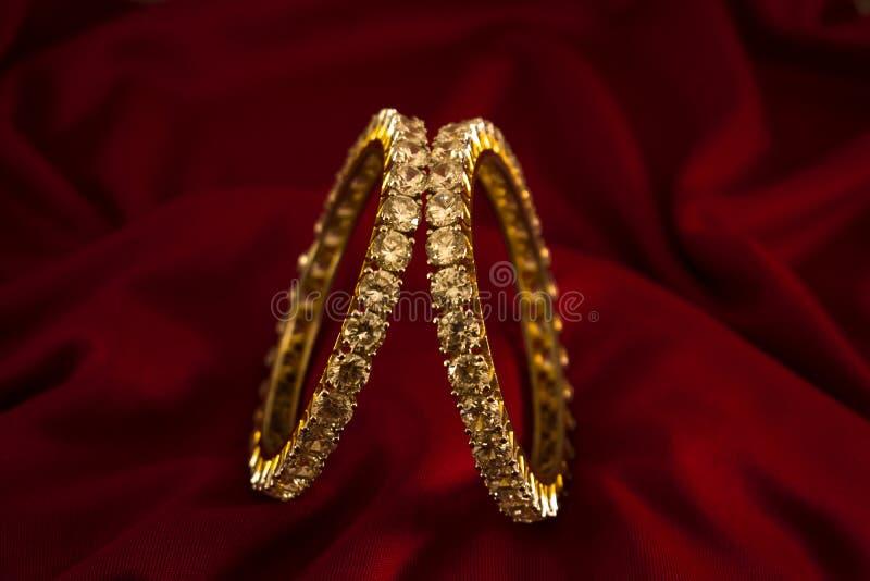 Sztuczna diamentowa kłuta biżuteria Dla kobiet zdjęcia stock