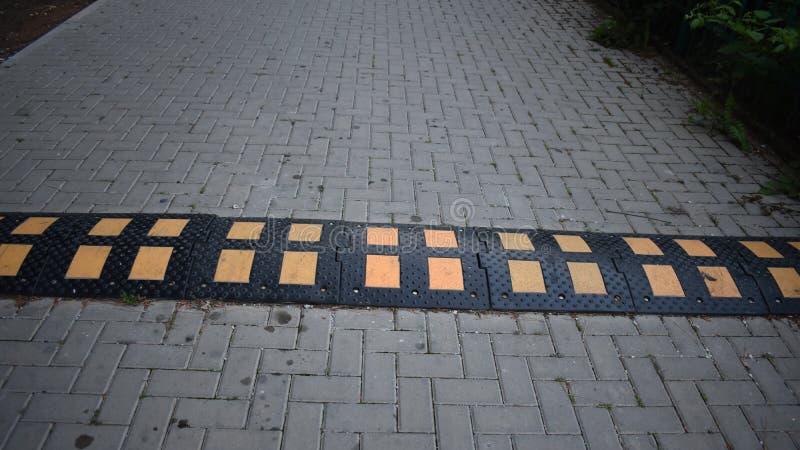 Sztuczna przeszkoda na drodze zdjęcie royalty free