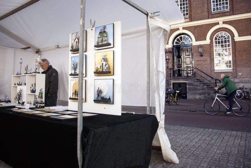 Sztuka rynek na Spui kwadracie w centre Amsterdam fotografia royalty free
