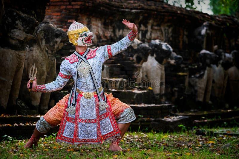 Sztuki kultury Tajlandia taniec w zamaskowanym khon w literatury ramayana, Tajlandzka klasyczna małpa maskująca, Khon, Tajlandia zdjęcia stock