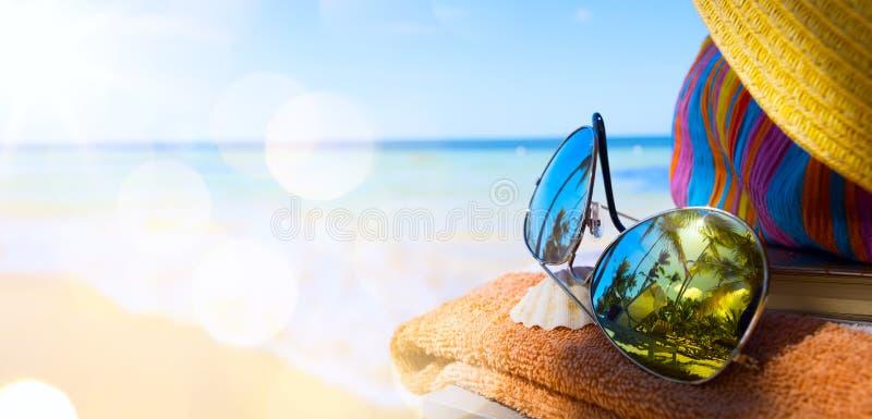 Sztuki tropikalny plażowy tło zdjęcie stock