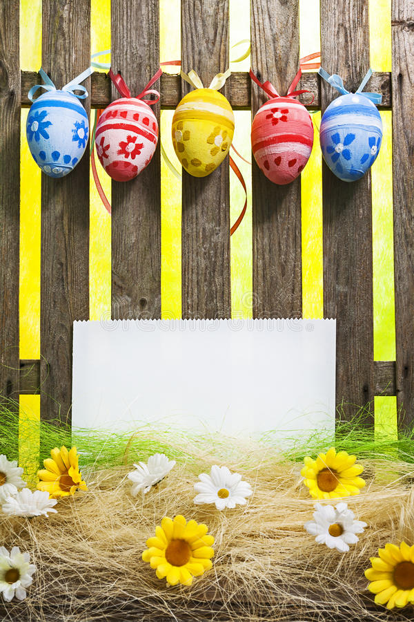 Sztuki Wielkanocnego jajka tła ogrodzenia karty wiosny kwiatu puści jajka zdjęcia royalty free