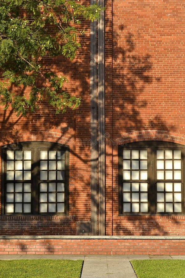 Sztuki ześrodkowywają fasadę przy fundidora parkiem fotografia stock