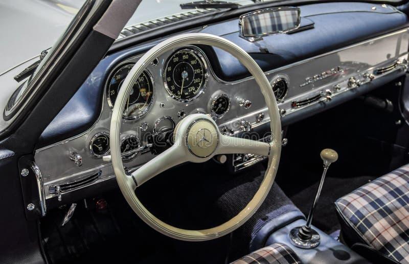 Szwajcaria; Genewa; Marzec 9, 2019; Brabus klasyk, Mercedes-Benz 300 SL; 89th Mi?dzynarodowy Motorowy przedstawienie w Genewa od  obraz stock