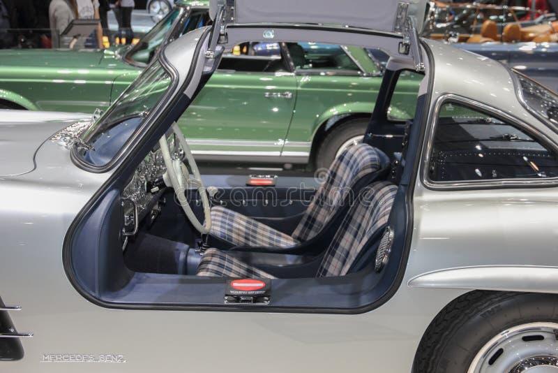 Szwajcaria; Genewa; Marzec 9, 2019; Brabus klasyk, Mercedes-Benz 300 SL wnętrze; 89th Międzynarodowy Motorowy przedstawienie w Ge fotografia stock
