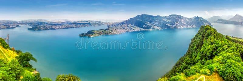Szwajcarscy Alps blisko Burgenstock z widokiem Lucerna jezioro, Szwajcaria, Europa zdjęcie stock