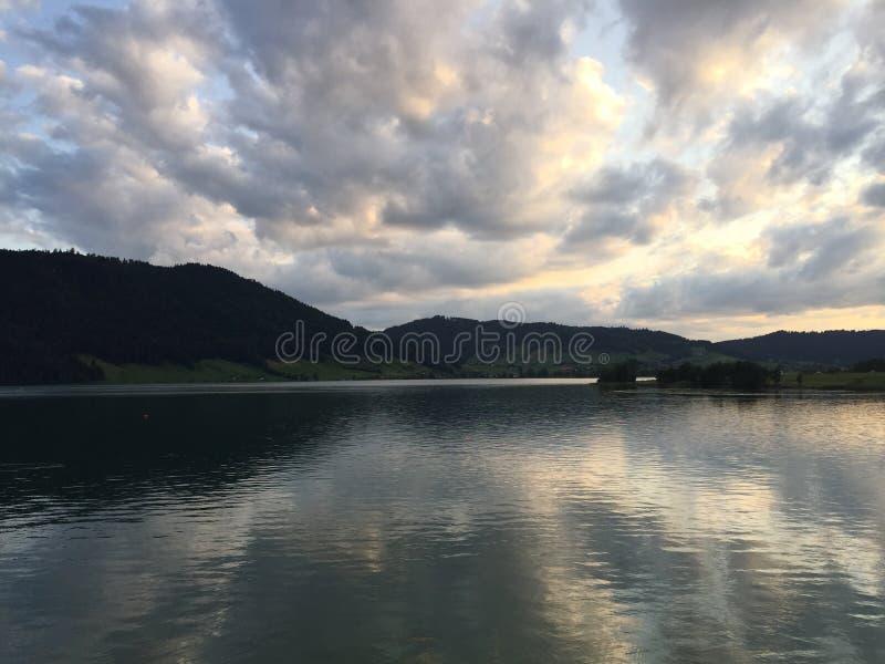 Szwajcarski jezioro zdjęcia royalty free