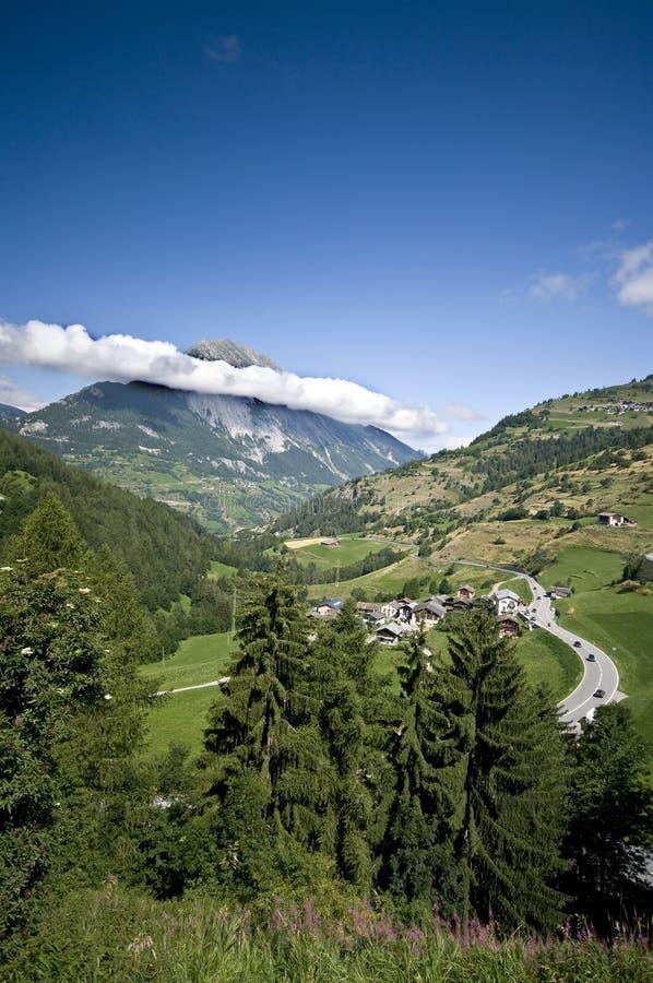 szwajcarski kształtują obszar alpy zdjęcia stock