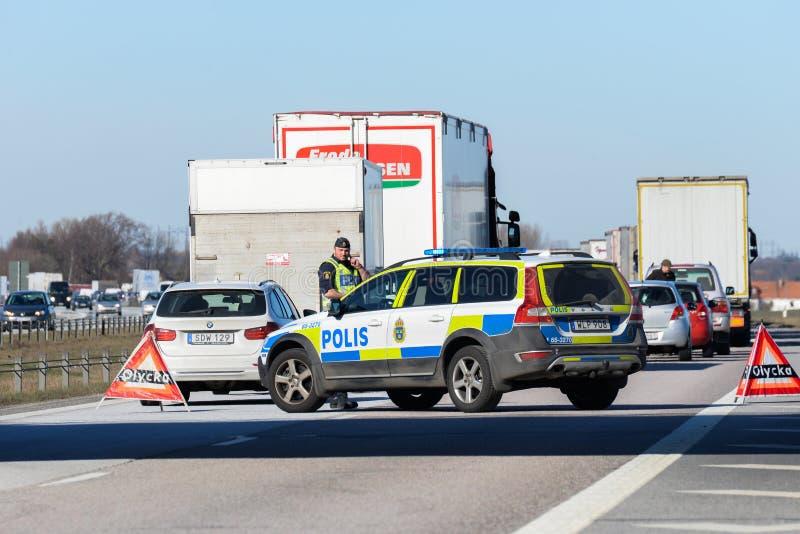 Szwedzi utrzymują porządek na autostradzie zdjęcie stock