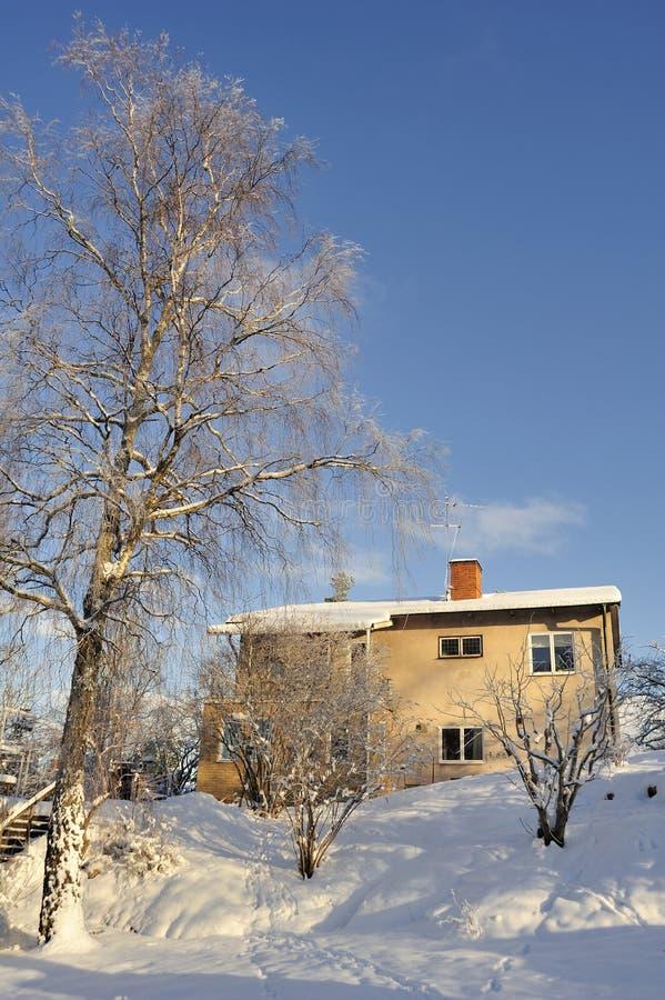 Download Szwedzki Budynki Mieszkalne Obraz Stock - Obraz złożonej z greenbacks, czerwień: 28960457
