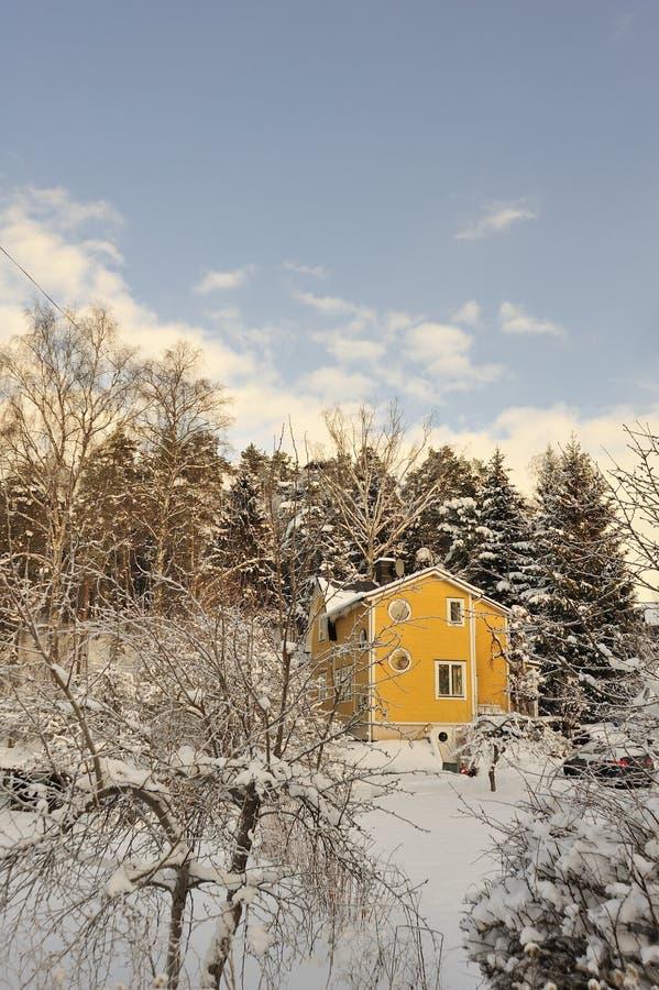 Download Szwedzki Budynki Mieszkalne Obraz Stock - Obraz złożonej z greenbacks, plecy: 28961035