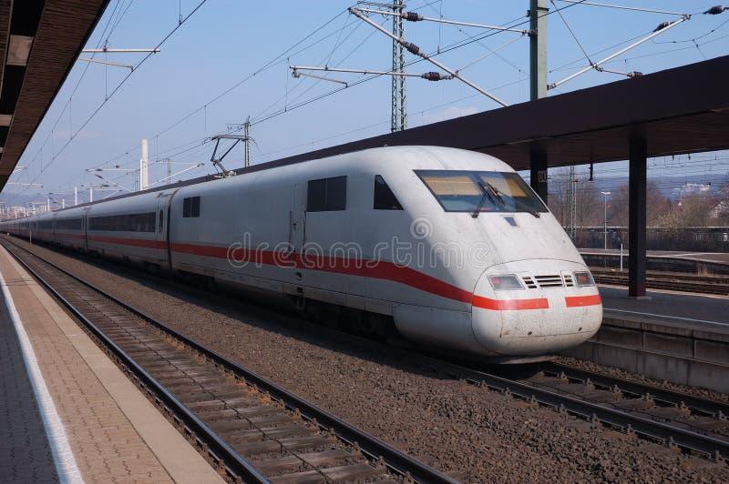 szybko niemiecki pociąg fotografia stock