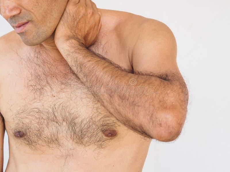 szyja ból Mężczyzna z backache Odizolowywający na białym backgroun zdjęcia royalty free
