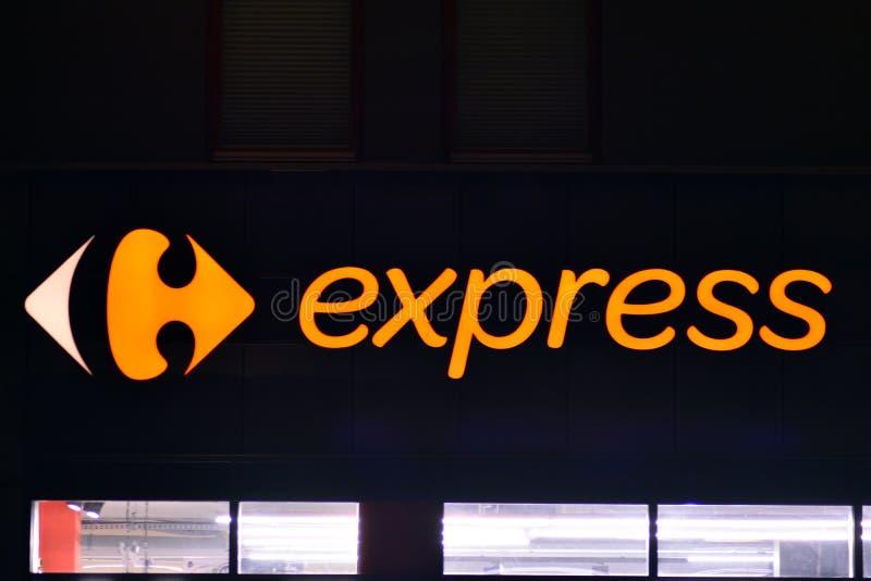 Szyldowy Carrefour Ekspresowy Firmy signboard Carrefour Ekspresowy zdjęcia royalty free