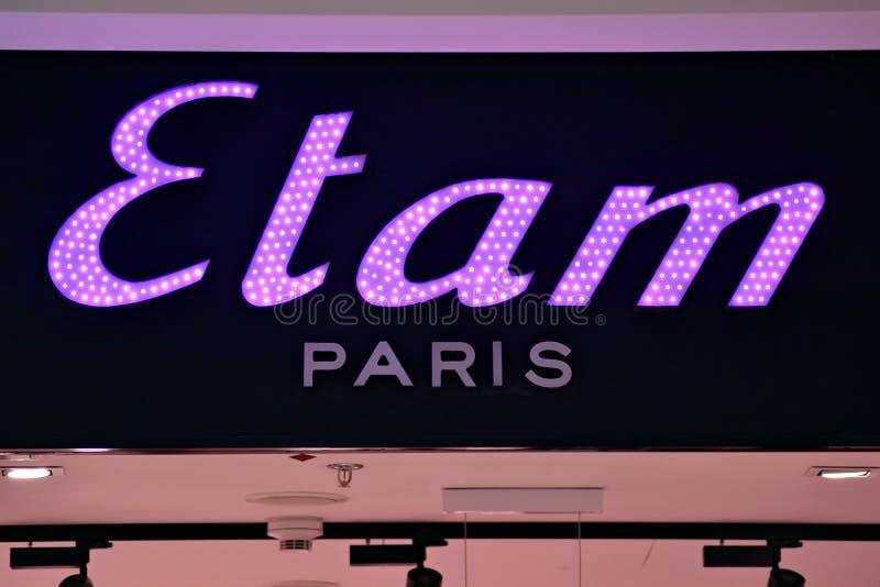 Szyldowy Etam Pary? Firmy signboard Etam Pary? obrazy stock