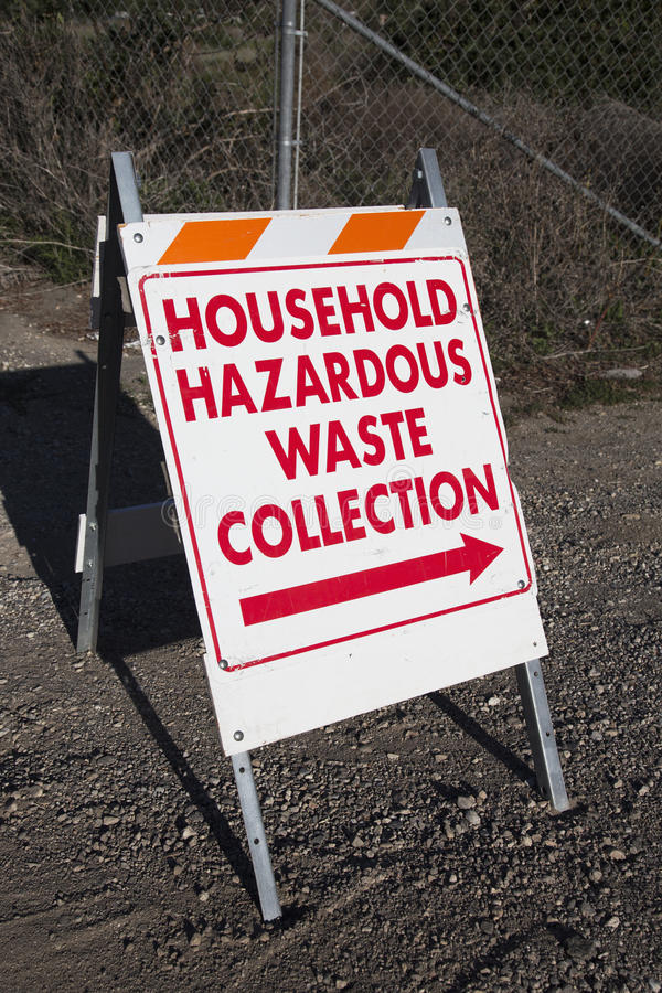 Szyldowy naczelnikostwo gospodarstwo domowe niebezpieczni odpady kolekcja zdjęcia stock