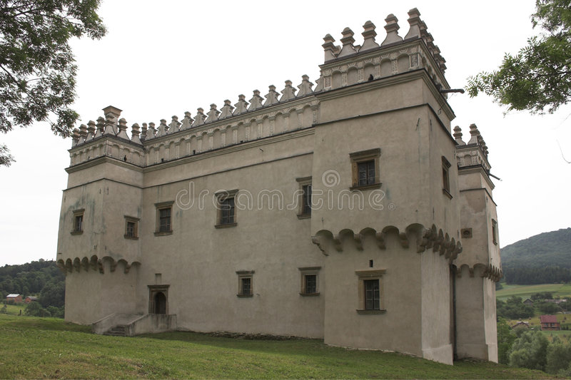 Download Szymbark στοκ εικόνες. εικόνα από αρχιτεκτονικής, κάστρο - 387870