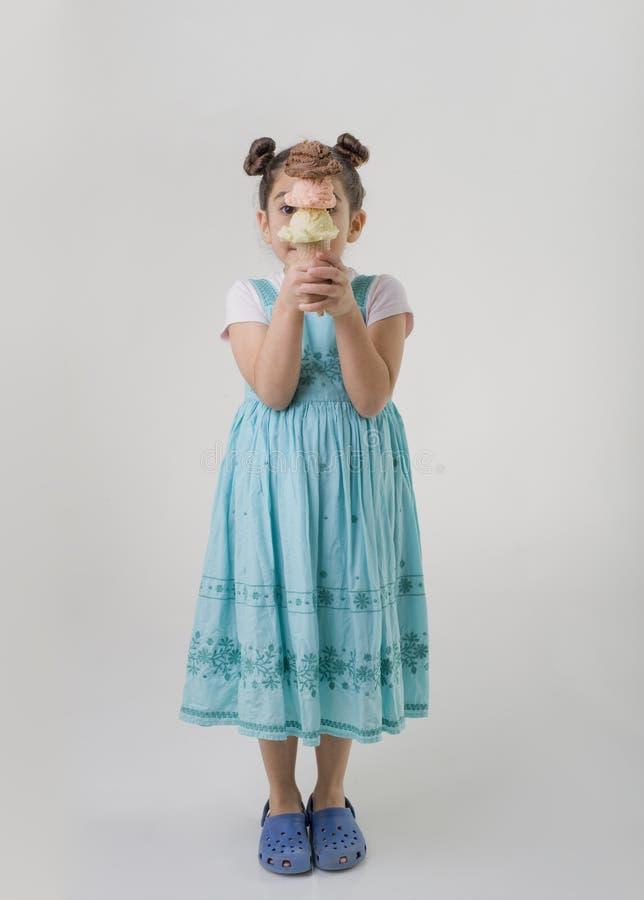 szyszkowy śmietanki smaków dziewczyny lód trochę trzy fotografia royalty free