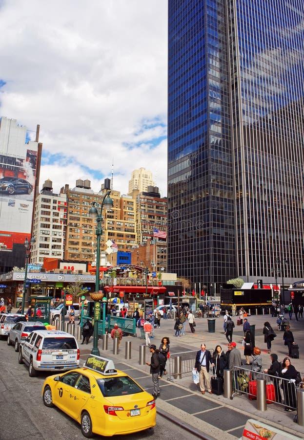 Táxi amarelo no 7o Times Square NYC EUA de Broadway da avenida fotos de stock