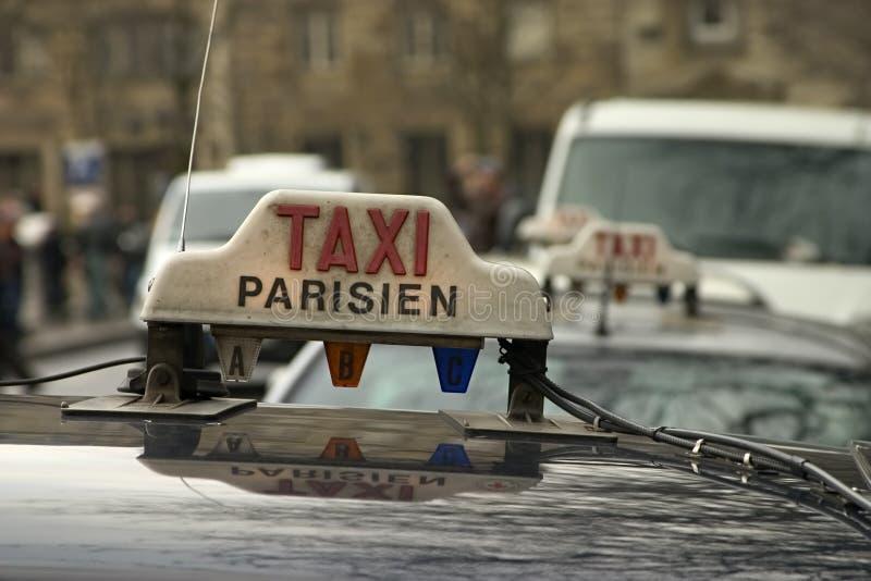 Táxi de Paris fotos de stock royalty free