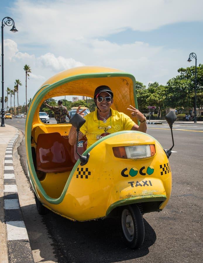 Táxi dos Cocos, Havana imagens de stock royalty free