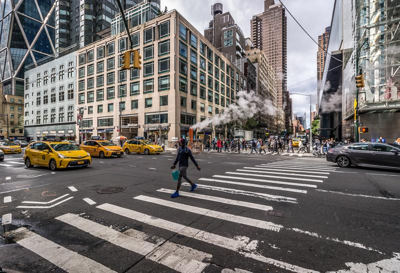 Táxis amarelos de New York na rua em NYC fotografia de stock
