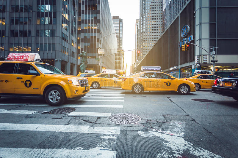 Táxis do amarelo de Manhattan fotos de stock
