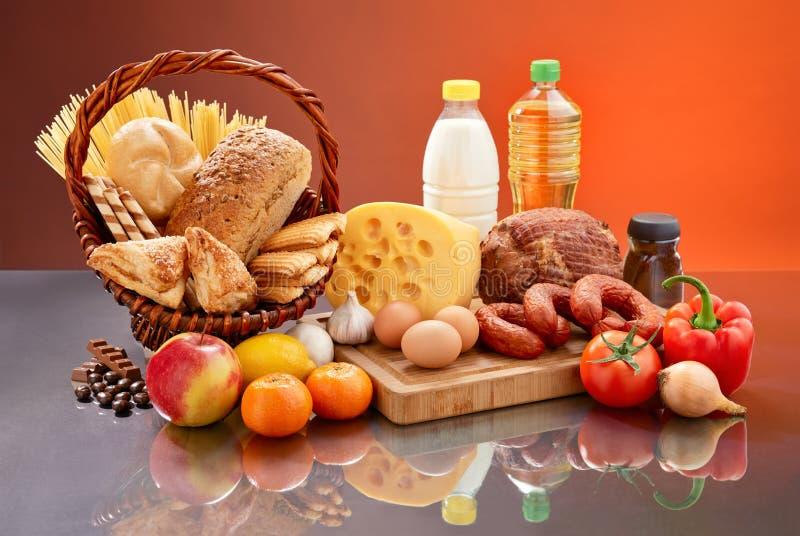 Täglicher Lebensmittelsatz. lizenzfreie stockfotos