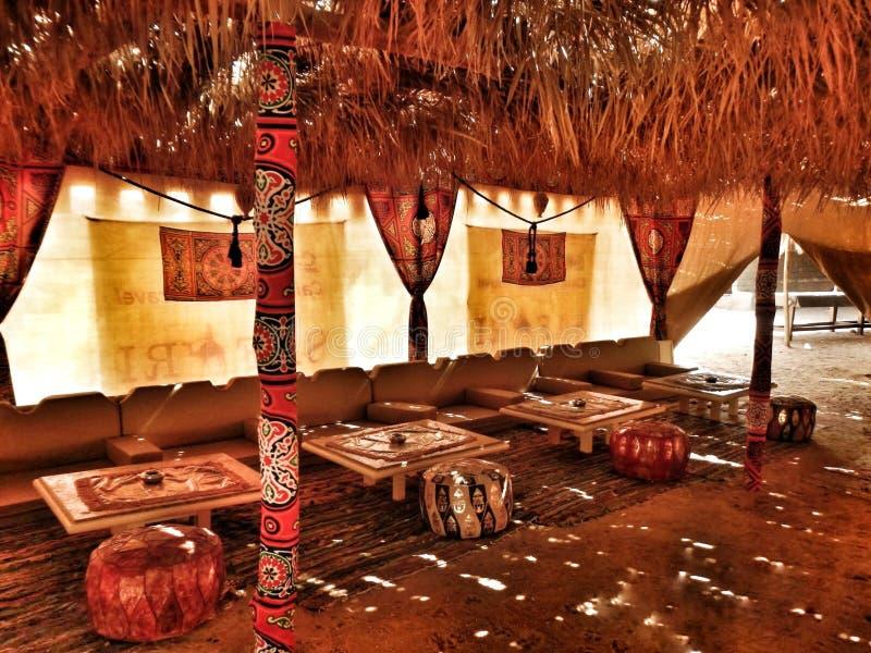 Tält i den Sahara efterrätten arkivbild