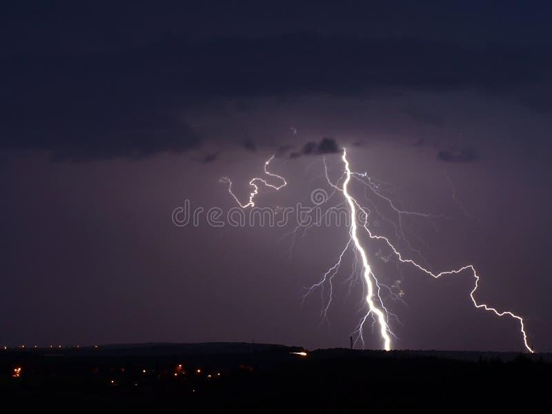 Tända stormen fotografering för bildbyråer