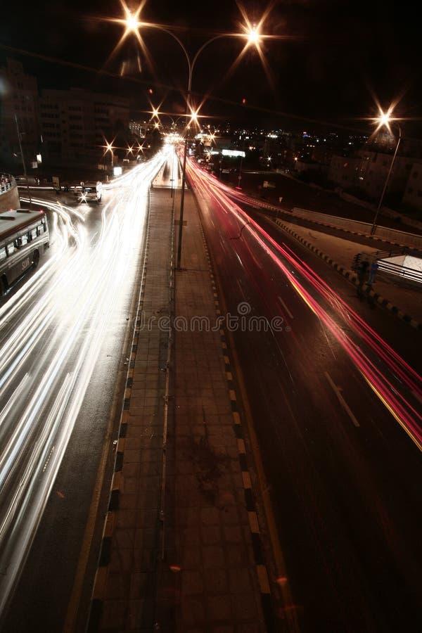 tänder gatan fotografering för bildbyråer
