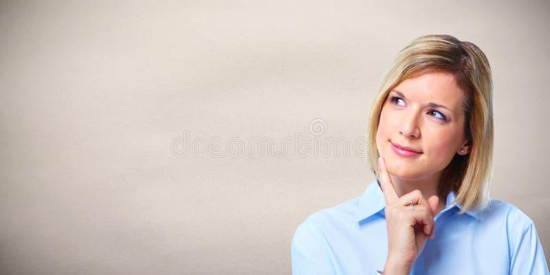 Tänka för kvinna fotografering för bildbyråer