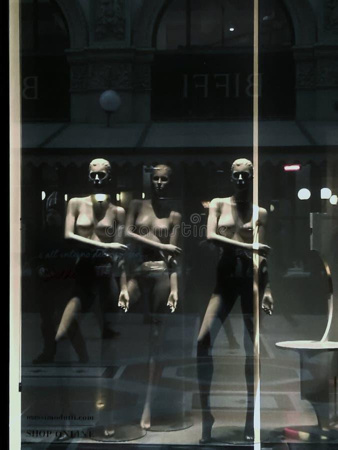 Tänka i stads- modeller royaltyfri foto