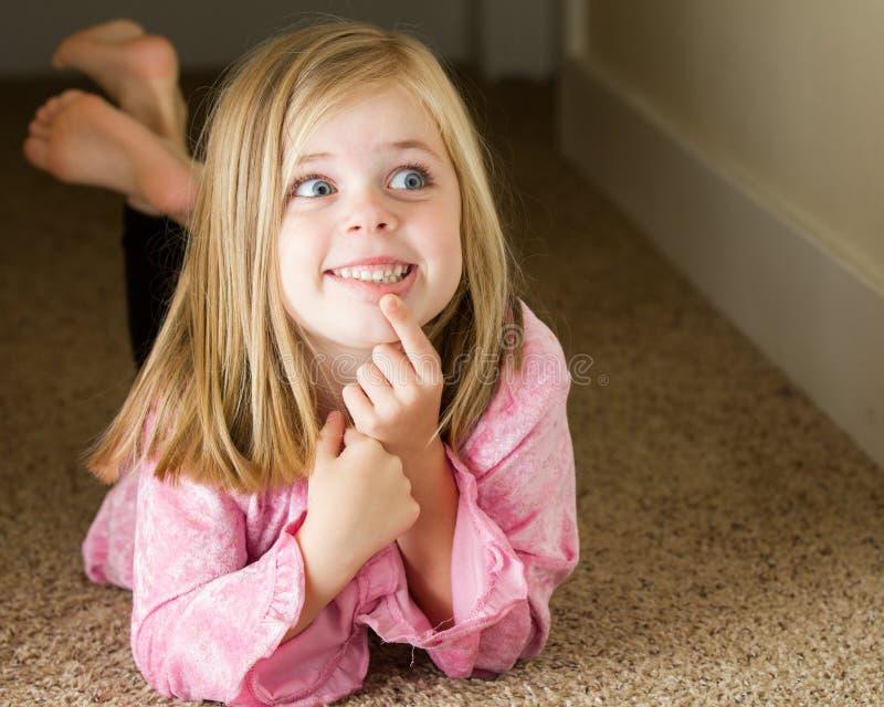 tänkande barn för flicka arkivbilder