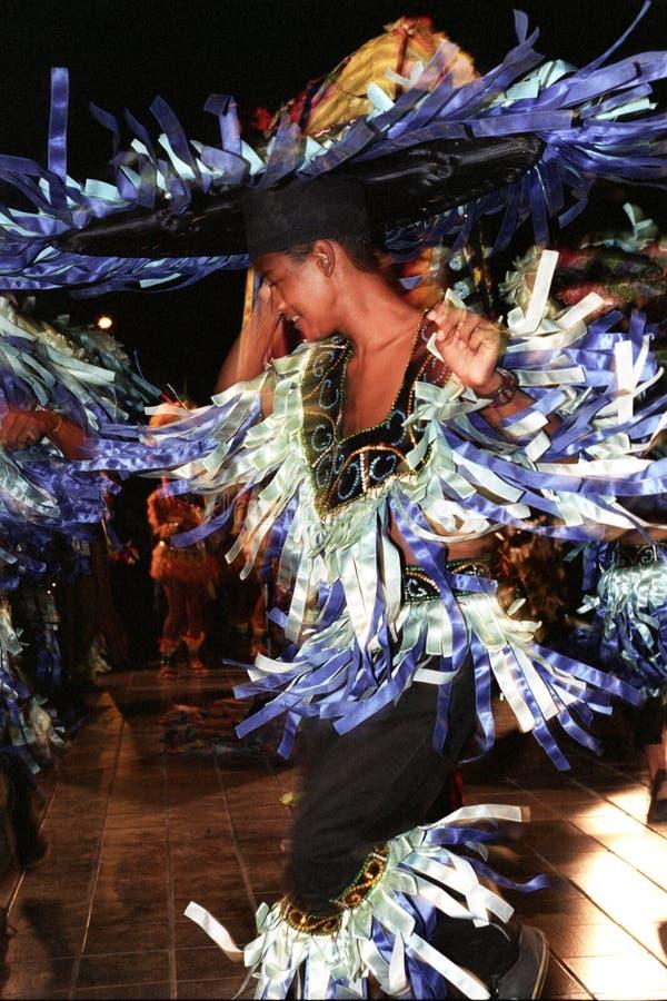 Tänzer des brasilianischen Volkstanzes lizenzfreie stockfotografie