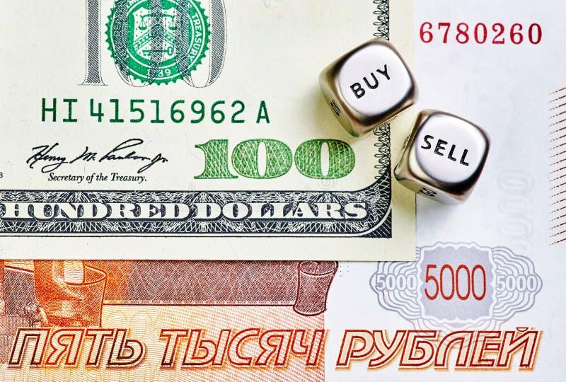 Tärnar kuber, RUBEN, USD sedlar royaltyfria bilder