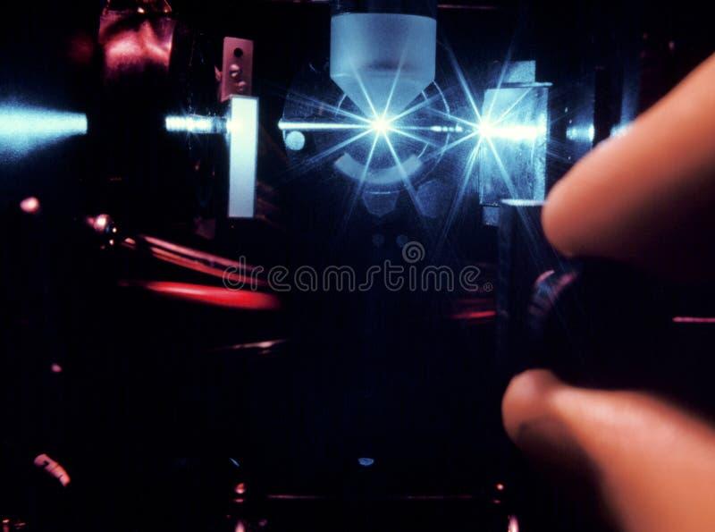 tät laser för stråle upp arkivbilder