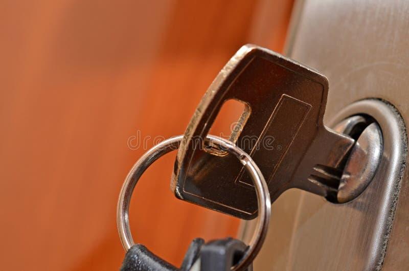 täta key låser upp arkivbilder