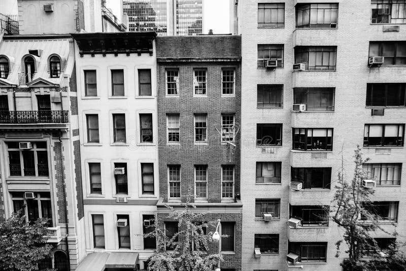 Täta New York City byggnader arkivfoto